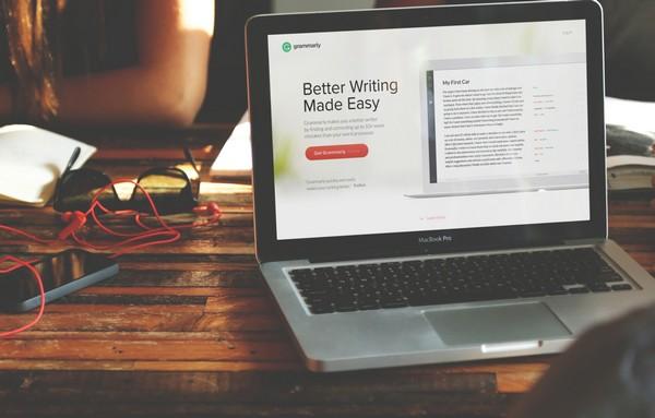 Grammarly extension Chrome corrige texto